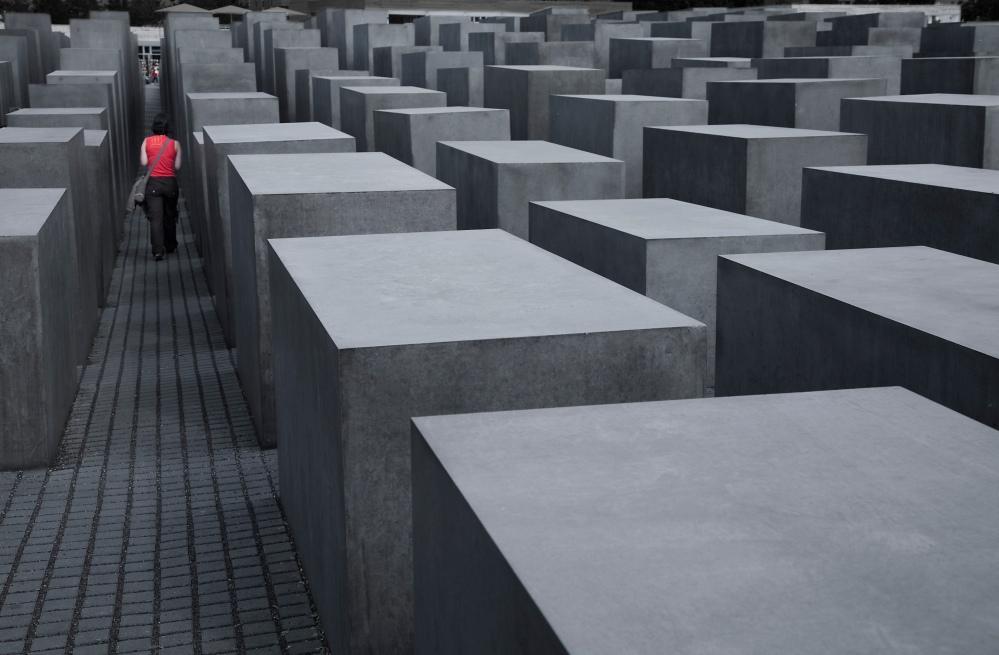 Berlin-_German_Jewish_Holocaust_Memorial_-_3212.jpg
