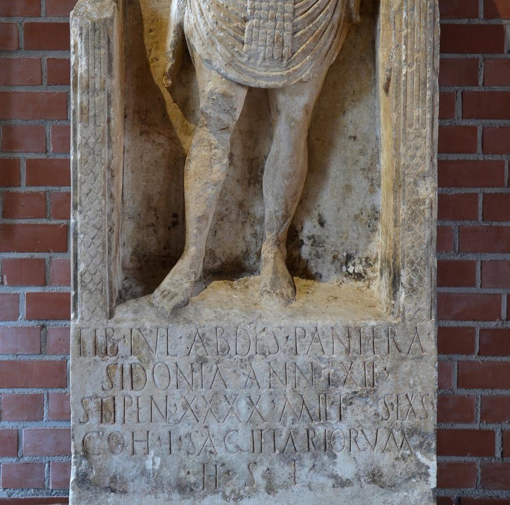 Römerhalle,_Bad_Kreuznach_-_Tiberius_Iulius_Abdes_Pantera_tombstone.jpg